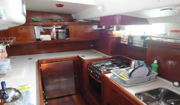 Beneteau-Yacht-sail