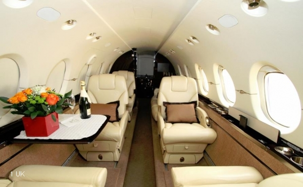 2011-Hawker-900XP-Specs-YR-NAY--HA-0182-011