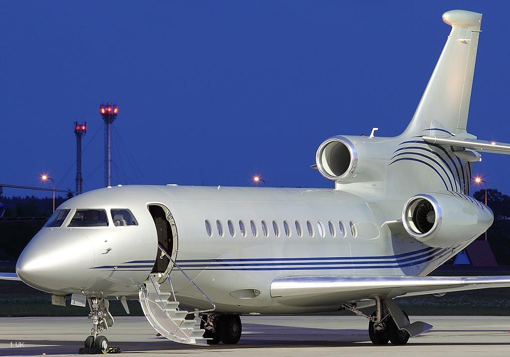 Exclusive-Aircraft-Sales---2012-Delivery-Falcon-7X--001