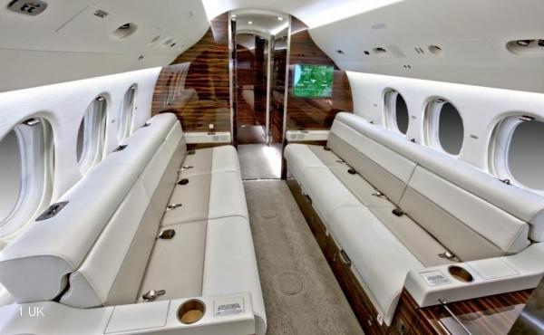 Exclusive-Aircraft-Sales---2012-Delivery-Falcon-7X--010
