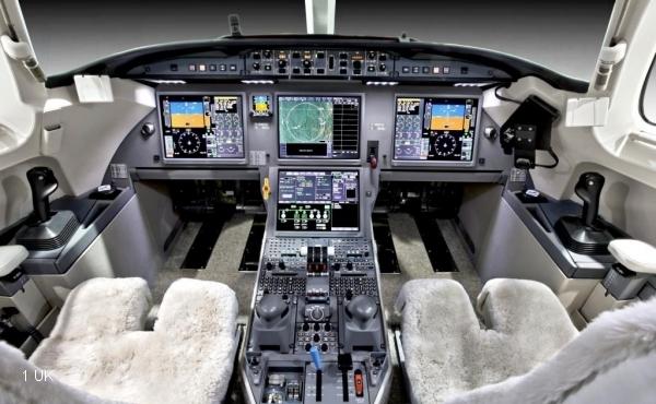 Exclusive-Aircraft-Sales---2012-Delivery-Falcon-7X--014