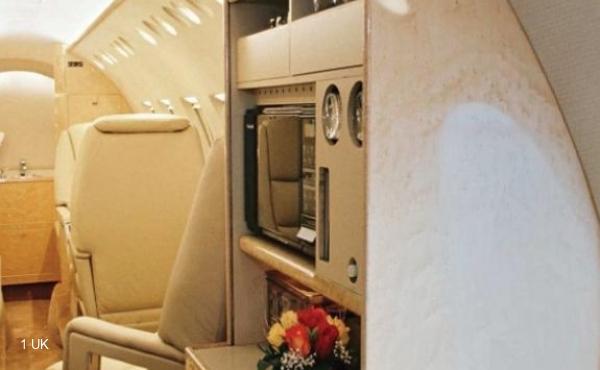 Jet-Hawker-800A-3