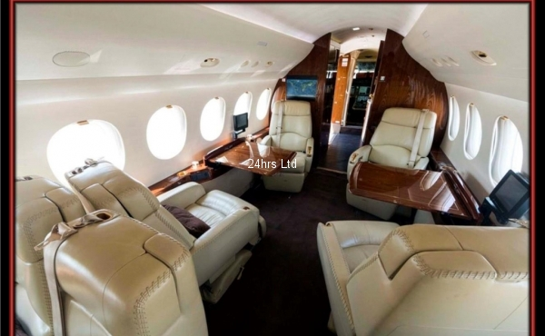 Dassult Falcon Private Jet